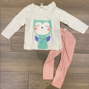Carter's girl pink and white outfit size 2T